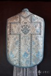 Roman chasuble with M application