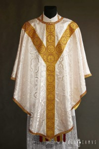 Gothic chasuble with IHS application